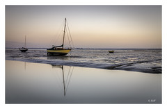 Leigh-on-Sea (robert.french57 French Images) Tags: g20 l443 leighonsea leigh rjf 6 00 boats sunset sea water colour essex long exposure uk southend sky reflections light lowlight old f13 90sec