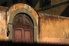 Firenze, Via Cavour (Les 3 couleurs) Tags: portes doors firenze florence italie italia italy toscana tuscany toscane