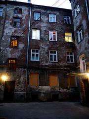 Podworko (Darek Drapala) Tags: praga warsaw warszawa zabkowska brzeska old architecture lumix light panasonic poland polska panasonicg5 urban europe night evening