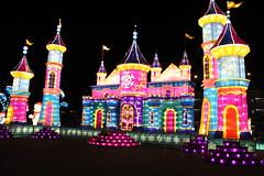 IMG_7493 (hauntletmedia) Tags: lantern lanternfestival lanterns holidaylights christmaslights christmaslanterns holidaylanterns lightdisplays riolasvegas lasvegas lasvegasholiday lasvegaschristmas familyfriendly familyfun christmas holidays santa datenight