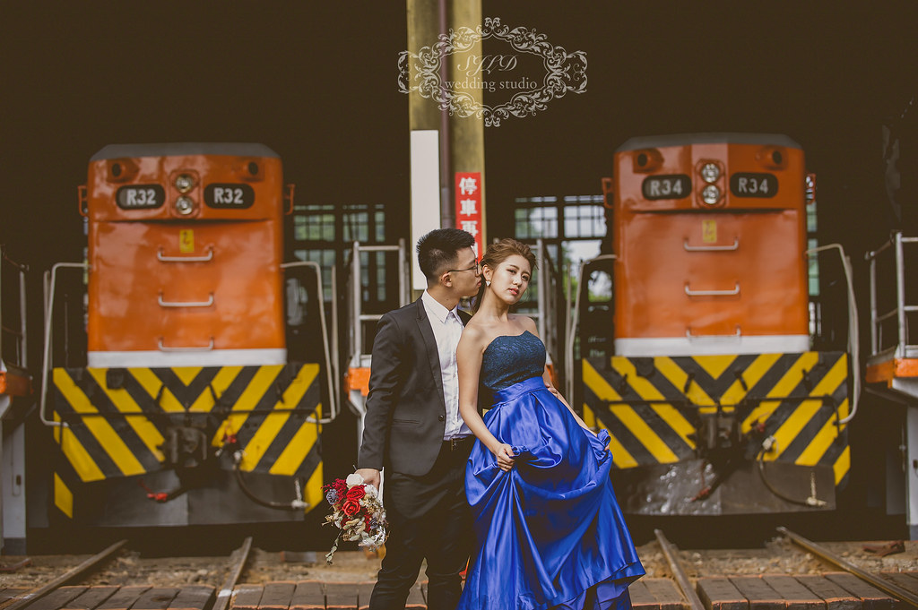 彰化婚紗攝影,彰化景點推薦拍婚紗,扇形車庫婚紗,懷舊復古婚紗,火車頭旅館