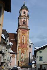 Seefeld 119 (mart.panzer) Tags: seefeld mittenwald village bayern bawaria germany deutschland d paintedhouses lueftlmalerei artisticfacadepainting bawarian frescoes baroquetower