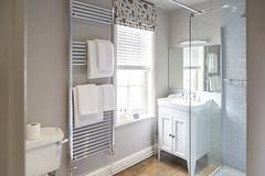 Room 1 bathroom at The Cross Keys Aldeburgh (Adnams) Tags: thecrosskeysaldeburgh crosskeys aldeburgh suffolk pub adnams