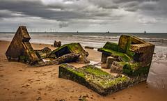 beach of aberdeen 1a (Bilderschreiber) Tags: broken shelter bunker worldwar beach strand abandoned scotland schottland aberdeen old alt zerfallen