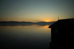 Boathouse @Lake Zurich (Toni_V) Tags: m2400221 rangefinder digitalrangefinder messsucher leicam leica mp typ240 type240 28mm elmaritm12828asph zürichsee lakezurich sunrise sonnenaufgang switzerland schweiz suisse svizzera svizra europe zugfahrt sbb cff ffs reflections ©toniv 2019 190323