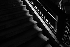 The stairs at night (frankdorgathen) Tags: abstrakt abstract downtown innenstadt essen city urban minimalismus minimalistic minimalism monochrome blackandwhite schwarzweiss schwarzweis nacht nachtaufnahme night nightshot movietheatre kino cinemaxx treppe stairs