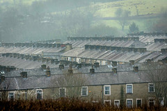 SJ1_4241 - Terraces... (SWJuk) Tags: burnley england unitedkingdom swjuk uk gb britain lancashire burnleywood terracedhouses terraces industrial millworkers rows rooftops town 2018 dec2018 winter nikon d7200 nikond7200 nikkor1755mmf28 rawnef lightroomclassiccc