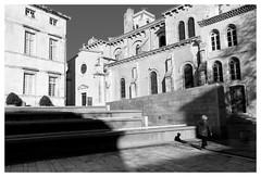 1 - Nîmes (baptiste.lasnier) Tags: reportage noir et blanc humain ombre lumière monument contraste graphique