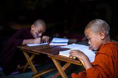 Myanmar (mokyphotography) Tags: myanmar birmania amarapura canon monaci monks monastery monastero people persone portrait ritratto reportage buddismo religione religion