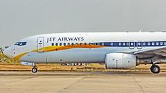 Jet Airways Boeing B737-800 VT-JFX Mangalore (IXE/VOML) (Aiel) Tags: jetairways boeing b737 b737800 vtjfx mangalore canon60d tamron70300vc