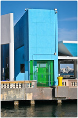 Arquitecture Photography (Fotografia de Arquitectura) (SamyColor) Tags: canoneos20d canoneos1855usm color colores colorido colours colors azul blue green verde amarillo yellow sanjuan oldsanjuan viejosanjuan puertorico colorefexpro4