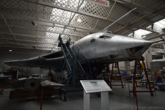 Handley Page Victor B.1 Renovation (XH648) (Bri_J) Tags: iwm duxford cambridgeshire uk museum airmuseum aviationmuseum nikon d7500 imperialwarmuseum aircraft handleypage victor b1 renovation xh648 jet bomber vbomber coldwar raf hdr hangar metal