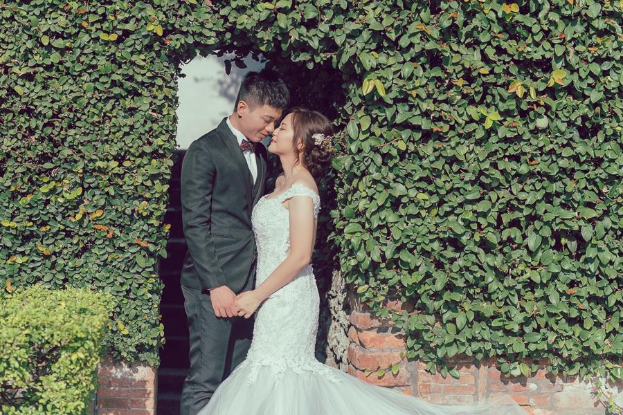 33452294548 22aae17916 o [台南自助婚紗]H&C/inblossom手工訂製婚紗