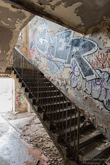 Lost Place (Frank Guschmann) Tags: lostplace frankguschmann nikond500 d500 nikon staircase stairwell stairs stufen steps escaliers