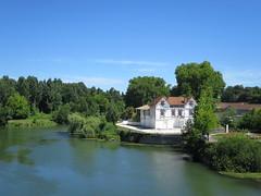 La Charente à Cognac (16) (Yvette G.) Tags: fleuve cognac 16 charente poitoucharentes nouvelleaquitaine