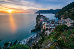 Sunset @ Vernazza (figatz) Tags: italy italia vernazza cinqueterre cinque terre photography sunset long exposure tokina nikon haida nd1000 colourful sky water ocean liguria europe 1120mm landscape clouds reflection travel hiking cities