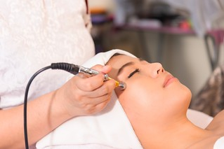 Why Microdermabrasion is the best for you! - Ubiqi Health