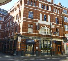 Astronomer, London E1. (piktaker) Tags: london londone1 e1 pub inn bar tavern publichouse fullers astronomer shootingstar