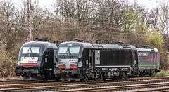 01_2019_03_10_Wanne-Eickel_Üwf_ES_64_U2_-_012_6182_512_619_879_DISPO_6193_274_ELOC_TXLOGISTIK (ruhrpott.sprinter) Tags: ruhrpott sprinter deutschland germany allmangne nrw ruhrgebiet gelsenkirchen lokomotive locomotives eisenbahn railroad rail zug train reisezug passenger güter cargo freight fret herne wanne eickel wanneeickel üwf es64u2 6182 6193 dispo eloc ell mrcedispolok txl txltxlogistik stellwerk outdoor logo natur