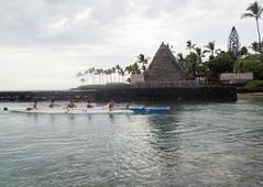 An outrigger canoe in front of Pu'uhonua o Honaunau (Baractus) Tags: outrigger canoe puuhonua o honaunau kona big island hawaii usa john oates uncruise