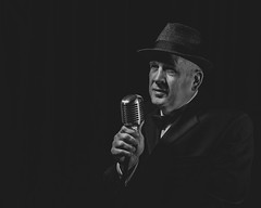 Singer Roy Coombes (Man_photo) Tags: performer male singer lowkey blackwhite portraits
