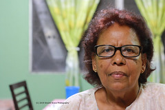 050/365 - La Jefa. (Sinuhé Bravo Photography) Tags: canon eos7dmarkii 50mm woman portrait womanportrat peopleportraits eyeglasses beautifulwoman tuesdayportrait