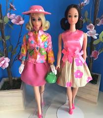 Flower Girls (The Snow Angel) Tags: tnt flip walklivelysteffie 3404 glowinout japanese exclusive 1971 je barbie japaneseexclusive