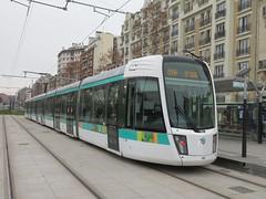 Porte de Saint-Ouen Tramway (portemolitor) Tags: paris 17ème 18ème portedesaintouen station ratp tramway porte de saintouen 17th 18th 17e 18e arrondissement 75017 75018