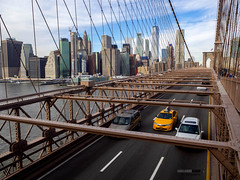 Brooklyn way (Guittoni) Tags: nyc newyork brooklyn taxi bigapple skyline bridge usa pont olympus