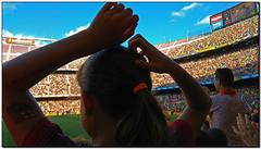 Gol al Camp Nou, Les Corts (Barcelona, el Barcelonès) (Jesús Cano Sánchez) Tags: elsenyordelsbertins xiaomi redmi note4 lanenadelsbertins catalunya cataluña catalonia barcelones barcelona lescorts futbol football soccer barça fcb boca bocajuniors gamper