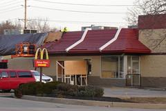 McDonald's - Valley Park, MO_P1200932 (Wampa-One) Tags: mcdonalds valleyparkmo demansardification remodel mansardroof oldstyle 13600bigbendrd drivethru