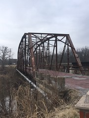20190116-115633-8 (alnbbates) Tags: january2019 route66 route66landmarks sapulpa rockcreekbridge bridge streeltrussbridge