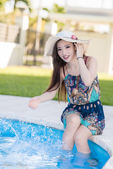 DSC_0361 (Robin Huang 35) Tags: 亞庇縣 沙巴 馬來西亞 my 謝立琪 kiki sabah malaysia 亞庇 游泳池 泳池 pool 飯店 hotel 遊拍 人像 portrait lady girl nikon d850