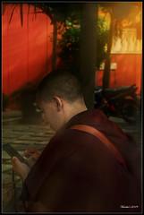 Monk (VERODAR) Tags: monk rays people handphone mobile man robe nikon verodar veronicasridar