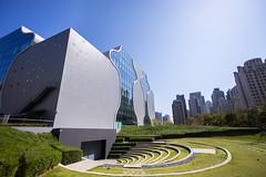 A7205488 (simon95332) Tags: 台中國家歌劇院 國家歌劇院 台中 走春 a7ii a7m2
