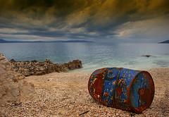 Abandoned can (JLM62380) Tags: abandoned can tin colors rust rusted rouille rabac croatia nuages clouds sea ocean mer fishing pêcheur croatie water bay ciel océan eau