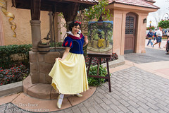 Meeting Snow White (Disney Dan) Tags: snowwhiteandthesevendwarfsmovie worldshowcase snowwhite winter disney germany epcot festivalofthearts february disneycharacters 2019 disneyparks waltdisneyworld character characters disneycharacter disneyphoto disneypics disneypictures disneyworld disneyssnowwhite epcotcenter epcotinternationalfestivalofthearts fl fota fevrier florida orlando snowwhitemovie travel usa vacation wdw