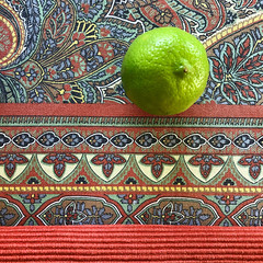 a tablecloth doesn't make the lime less sour (Rosmarie Voegtli) Tags: tablecloth pattern lime green sour odc ourdailychallenge citrus fruit nutrition round grün vert verde square iphone