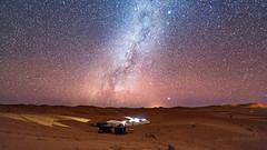 le bivouac sous les etoiles (Janis-Br) Tags: désert voielactée astrophotographie astronomie ciel sky night bivouac dunes maroc wideangle nikon photographie nature landscape