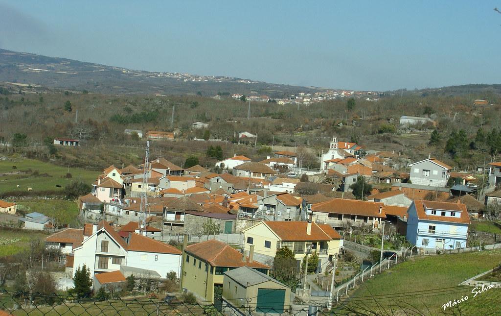 Águas Frias (Chaves) - ... uma vista da Aldeia ...
