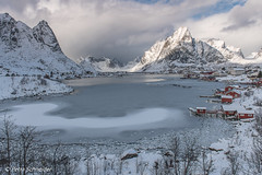 The classic view of Reine in winter (Petra S photography) Tags: reine lofoten lofotenislands winter winterstimmung winterday winterlandschaft winterwonderland norge norway nordnorwegen nordlandfylke reinebringen snow