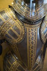 Italian armour detail (quinet) Tags: 2017 antik antiquitäten england london rüstung wallacecollection ancien antique armour armure militaire military militärische museum musée