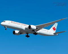 Soaring @AirCanada 787-9 in the YVR Blue Skies (AvgeekJoe) Tags: 787 787dreamliner 7879 aircanada boeing787 boeing787dreamliner boeing7879 boeing7879dreamliner cfrse d5300 dslr dreamliner jetliners nikon nikond5300 aircraft airplane aviation jetliner plane