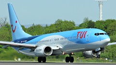 G-FDZU (AnDyMHoLdEn) Tags: thomson tui 737 egcc airport manchester manchesterairport 23l