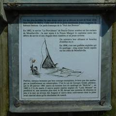 DSCN6166 Tour du Moulard, Montfarville (Manche) (Thomas The Baguette) Tags: barfleur montfarville valdesaire rape colza cotentin manche lamanche lemoulard lasambiere calvaire oratoire crabec moulin