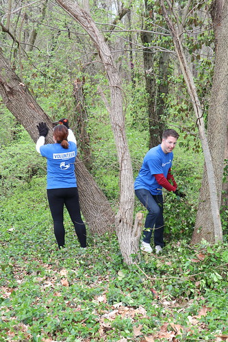 """Caleres helps to clean up Forest Park • <a style=""""font-size:0.8em;"""" href=""""http://www.flickr.com/photos/45709694@N06/47540920352/"""" target=""""_blank"""">View on Flickr</a>"""