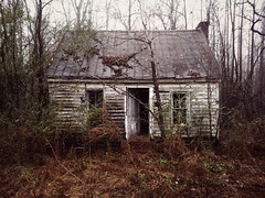 inviting (History Rambler) Tags: little abandoned house home rural south old lost forgotten nc