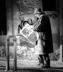 Napoli daily news IL MATTINO (Antonio Piccialli) Tags: 2019 gennaio napoli naples campania canon canonixus155 centrostorico centro decumani vicolidinapoli explore explored flickr flickrclickx fluidrexplored fluidr streetphoto bn blackandwhite bianconero bwartaward blackwhite bw