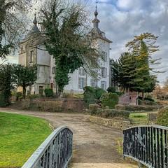 Wemmel , kasteel (foto_morgana) Tags: aurorahdr2019 belgië belgique belgium bomen iphonexsmax on1photoraw2019 outdoor parc park trees wemmel castle kasteel chateau