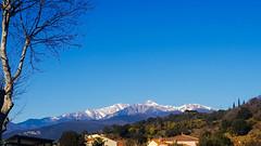 Le Canigou.... (Isabelle****) Tags: canigou céret pyrénéesorientales france montagne mountain neige snow ciel sky